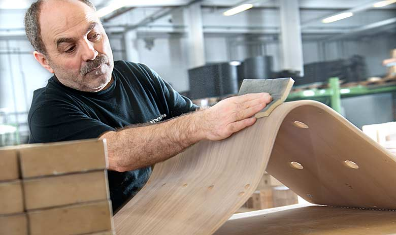 Creating furniture based on immense experience: The Venjakob staff has a passion for furniture.